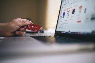 Milyen előnyökkel jár az internetes cégkivonat igénylés?